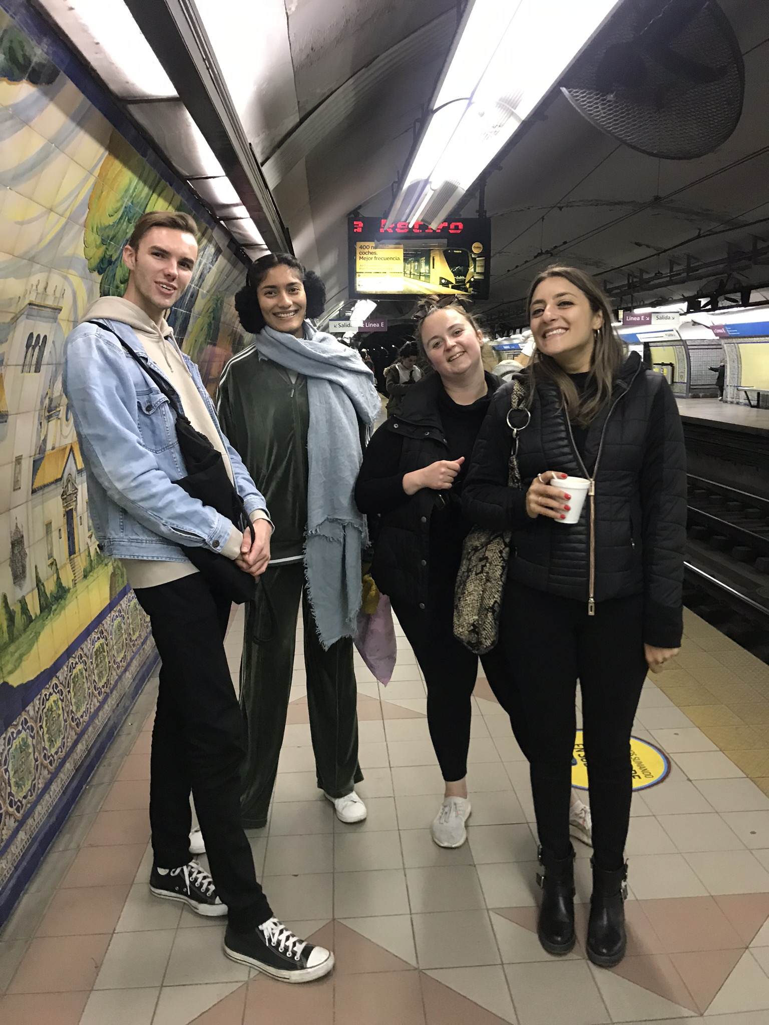 GPH Students in Buenos Aires Subway